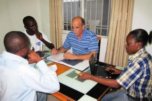 Gino Volpe coaching new entrepreneurs