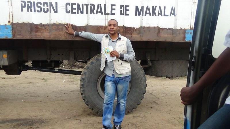 Olivier in front of Central Prison