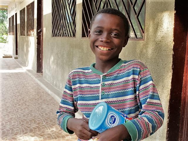 2c_Milk distribution to orphan boy