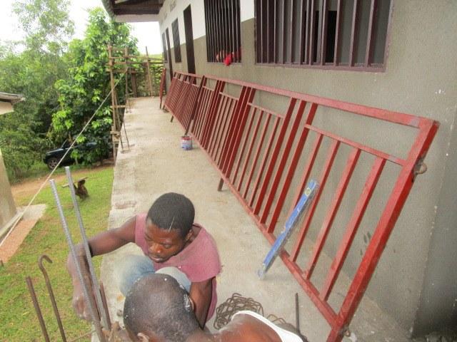 Installation of the balcony.